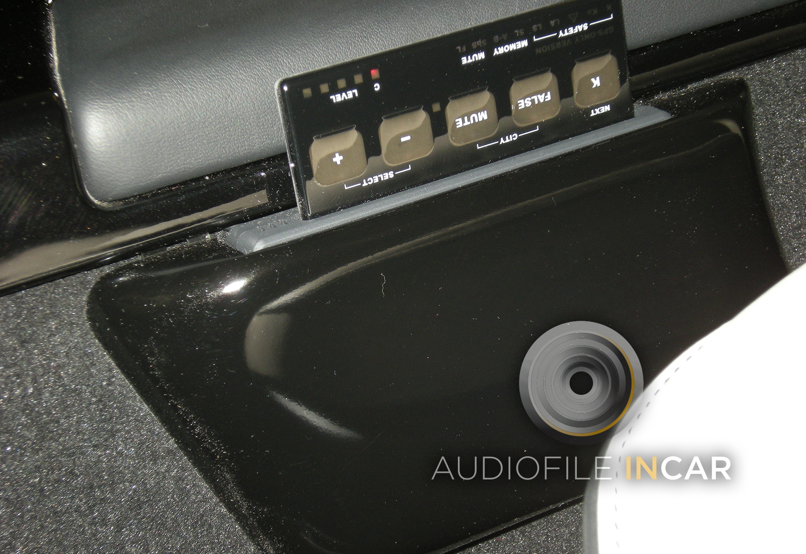 This shows a Stinger GPS Card fitted to a Mercedes SLS, the holder was moulded into a custom housing which was then fitted alongside the driver's seat. This makes it easy to reach, very discrete and it looks like part of the car, we even finished it in the Mercedes colour and hi-lacquer. This system was linked to 3 individual laser analyser/diffusers, all installed well out of view.