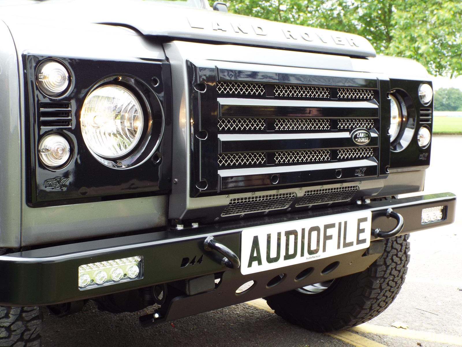 Audiofile - D44 Bumper with Lazer RS4
